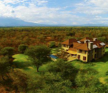 Siringit Villa by Mantis exterior